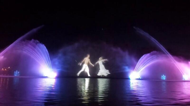 """Онлайн Знайомства Вінниця. Побачення біля світломузичного фонтану """"Рошен"""" Цікаві місця для побачень, Романтична зустріч, Cвітломузичний фонтан id124070206"""