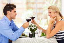 Знайомства. Перше побачення з дівчиною. Про що говорити з дівчиною і правила поведінки на першому побаченні. id1119061632